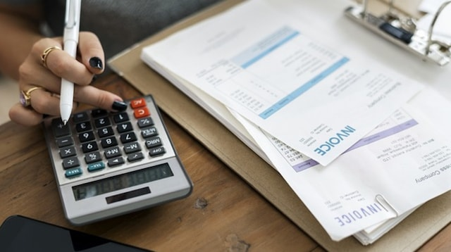 Classified Balance Sheet Accountant with Invoices