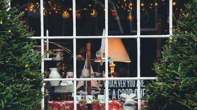 Visual Merchandising Shop Window