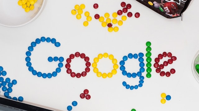 Search Engines List Google Spelled in Candy