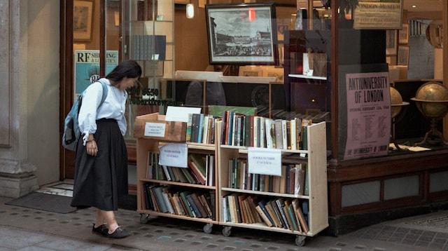 SEO Canada Woman Browsing Books